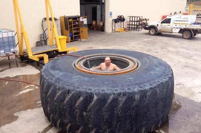 Pool in LKW Reifen